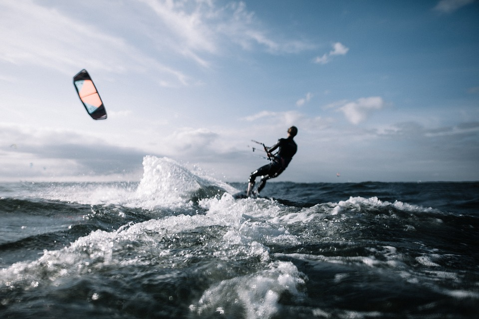Kitesurf Session That Turned Into a Barefoot Triathlon