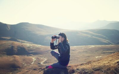 How To Choose The Best Binoculars For The Money (Step-By-Step-Guide)